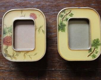 """Vintage Set of 2 Floral Photograph Frames 1.5""""x2.5"""" Photo Size"""