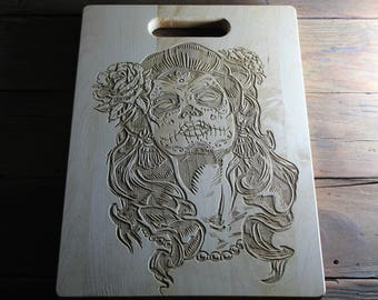 Sugar Skull Engraved Bamboo Cutting Board, Sugar Skull, Day of The Dead, Dia de Los Muertos, Housewarming Gift, Gift for Her, Skull Decor
