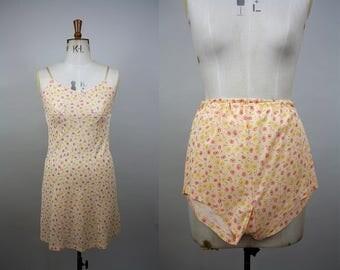 1960s Slip and Tap Pants Set / Vintage Lingerie Set / Matching Vintage Lingerie/ 1960s Tap Pants / 60s Rayon Slip / Size Small / XXS XS S