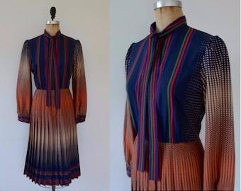 Vintage 70s Mollie Parnis Boutique dress, 70s secretary dress, 70s shirtdress, Marty Sussman