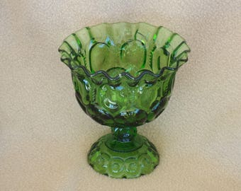 L E Smith Glass Bowl; Moon and Stars Green; Vintage Glass Serving Dish