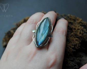 Blue labradorite ring, aqua labradorite ring, vintage wire wrap ring, sterling silver ring, silver ring labradorite jewelry