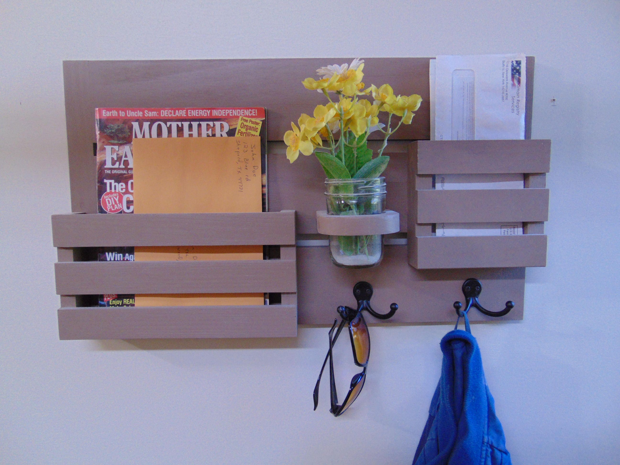 magazine holder mail organizer wood wall hanging mail. Black Bedroom Furniture Sets. Home Design Ideas