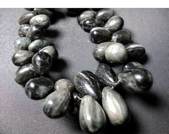 ON SALE 50% Cats Eye Bead, Black Cats Eye, Briolette Beads, Tear Drop Beads, 6x4mm To 8x12mm Each, 30 Pieces, 4 Inch Half Strand