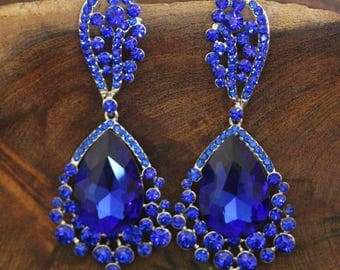 blue large crystal earrings, royal blue rhinestone earrings, prom earrings, pageant earrings, sapphire earrings