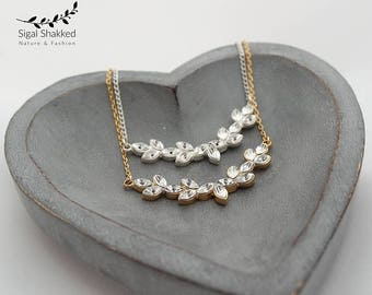Gold and Crystals Bridal Necklace Bridal Jewelry delicate bridal necklace Bridesmaid Gift Wedding Jewelry Bridesmaid necklace