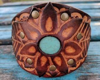 Women's Hand Tooled Leather Cuff Bracelet. Western , Boho, Sunflower Handmade Leather Jewelry