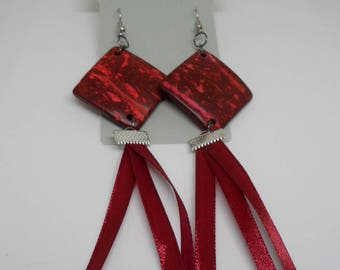 Earrings red wood and Ribbon