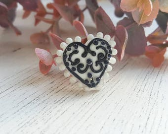 Embroidery Heart Bead - Glass Heart Bead - Patterned Heart Beads - Handmade Glass Beads - Lampwork Beads  - Glass Beads for Jewellery Making
