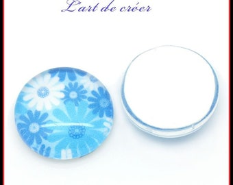 10 x white, blue flower glass cabochon, 12mm