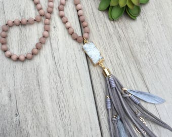 Natural finish blush jade beaded tassel necklace with white druzy pendant and gray faux suede boho style tassel // Fast and free shipping
