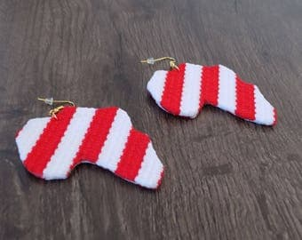 Stud earring sized fabric red/white Africa map