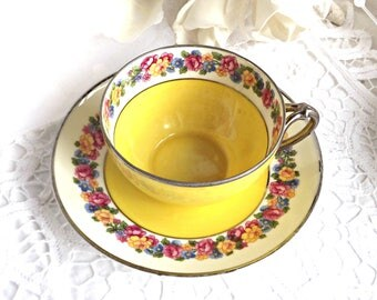 Bavaria Teacup and Saucer, Vintage Teacups, Fine Bone China, PM Bavaria China, Made in Germany
