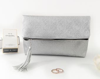 Silver clutch bag Vegan leather clutch Foldover purse Zipper clutch purse Large clutch bag Evening clutch Vegan purse Foldover clutch zipper