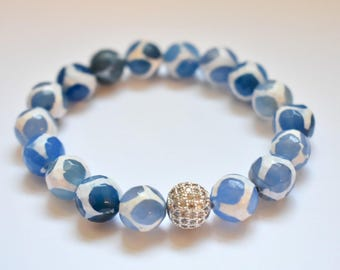Blue Tibetan Agate Stretch Bracelet with Pave Accent Bead, Stretch Agate Bracelet, Nautical Bracelet, Blue Agate, Tibetan Agate, Agate