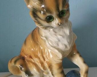 Cute kitten with ball perfume light! ceramic night light vintage rauchverzehrer cat shaped 1950s