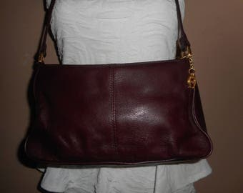VINTAGE ETIENNE AIGNER Burgundy Shoulder Bag