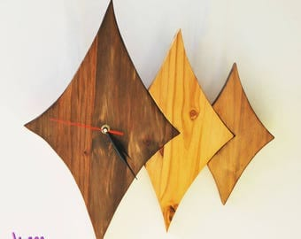 Wall clock design made of wood
