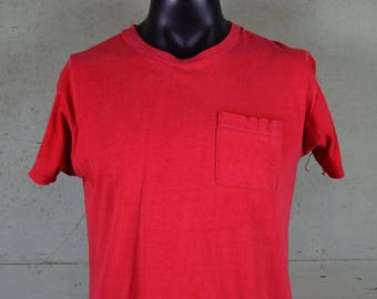 70s 80s Vtg Pocket t shirt / Fruit of the Loom / Red / Vintage Pocket tee shirt / Worn in / Soft & Thin / Fits like a Medium