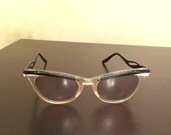 Vintage 1950s womens eyeglasses cat eyes Frames silver and black