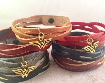 Wonder Woman Bracelet, Superhero leather bracelet, Triple braided leather bracelet, Black leather Charm Bracelet, Gift for Mother, for her