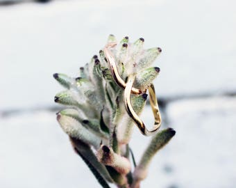 WAVE ring, Simple solid gold stacking ring