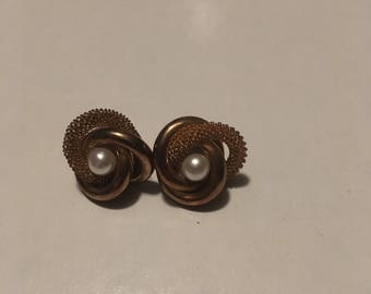 Gold Post Back Earrings with Pearls / Detailed