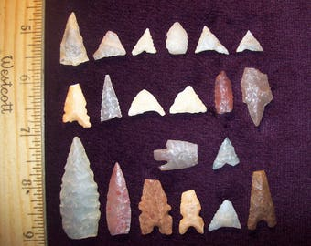 """Sahara Neolithic Mixed """"DAMAGED"""" Arrowheads [Group of 20] - Authentic Ancient Artifacts"""