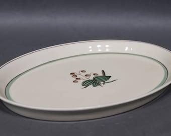"Royal Copenhagen ""Hjertegræs"" ovale dish  no.: 884/9405."