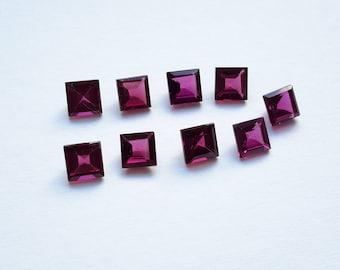 Rhodolite Garnet x 9 pieces parcel, 7.70 ct total. 5.2 mm x 5.2 mm x 3 mm approx, genuine gemstones, loose rhodolite garnets, VS Clarity