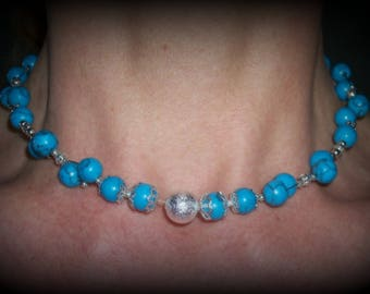 The Choker necklace with Howlite (gemstone) and silver plated