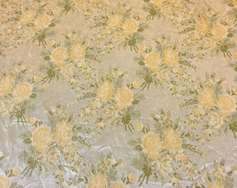 Vintage Brocade Fabric. 1 yard. Vintage Floral Fabric. Silver Fabric. Vintage Gold Fabric. Floral Upholstery Fabric. Embroidered Fabric.