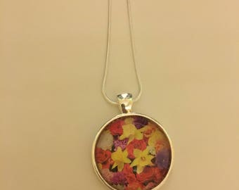 Colorful flowers pendant