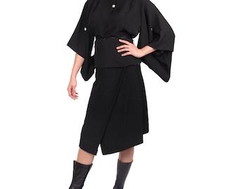 kimono transformé en veste noir, kimono japonais en soie,