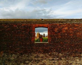 Hampton Court Palace,Minimalist Art, Square Photo, Royal Architecture, England Palace, British Architecture, Baroque Decor, Minimalist Photo