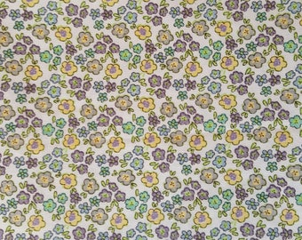 "Lemon & blue flowers on white 44"" wide 100% cotton per metre Floral fabric dressmaking crafting material"