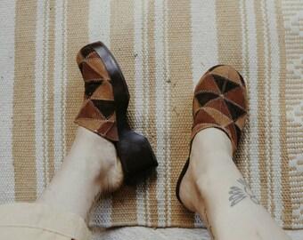 Vintage patchwork mules clogs // 70's hippie boho festival shoes