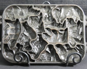 Cast  Iron John Wright 12 Animal Shapes Puzzle Mold Pan 1984 Cookies Candy