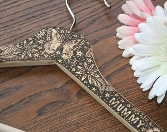 pyrography original design clothes hanger, mother's day gift, decorated hanger, woodburnt hanger