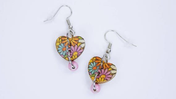 Earrings heart with colorful flowers and pearl in pink on silvery earrings wooden pendant earrings jewelry flowers in yellow, light blue, orange
