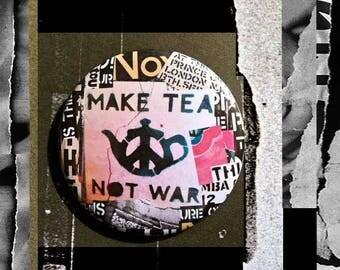 Magnetic bottle opener 56 mms 'Make Tea Not War'