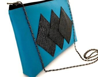 TRIANGLE pouch - Purse - blue magic Deco 3 diamonds - black silver - chain removable - Zip