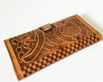 Tooled leather wallet - Floral carved wallet - Tan leather wallet - Tri Fold wallet - Mexico leather wallet