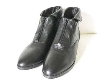 Women's Leather ankle boots - Black leather boots - Size 10M boots - Zip front leather boots - Beatles boot - Prima Royale ankle boots