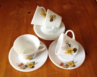 Rare Vintage Pyrex Cups & Saucers, White Pyrex Cups, Floral Tea Cups,  Autumn Glory Pattern, Vintage Tea Party, Vintage Pyrex, British Pyrex