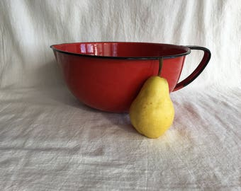 Large Vintage Red Enamelware Mixing Batter Bowl Handle Pour Spout Rustic Farmhouse Kitchen
