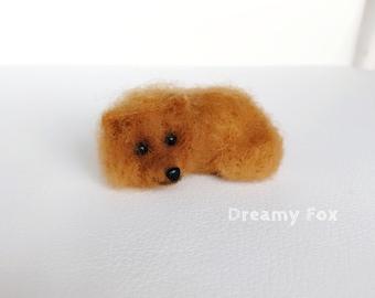 Needle felted Pomeranian