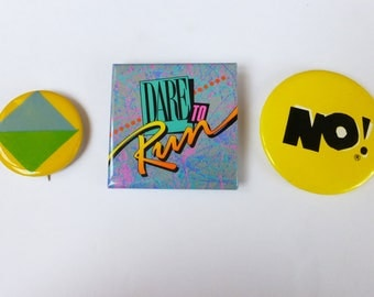 Lot of 3 Vintage Buttons 70s 80s Graphic Pop Art & New Wave