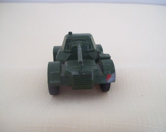 Dinky Toys Military Armored Car #670 Metal Green Made In England Meccano 1950s