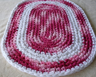 Crochet Rug, Pink and White Rug,  Oval Rug,  Floor Rug,  Handmade Rug, Bathroom Rug, Nursery Rug, Girl's Bedroom Rug, Reduced!